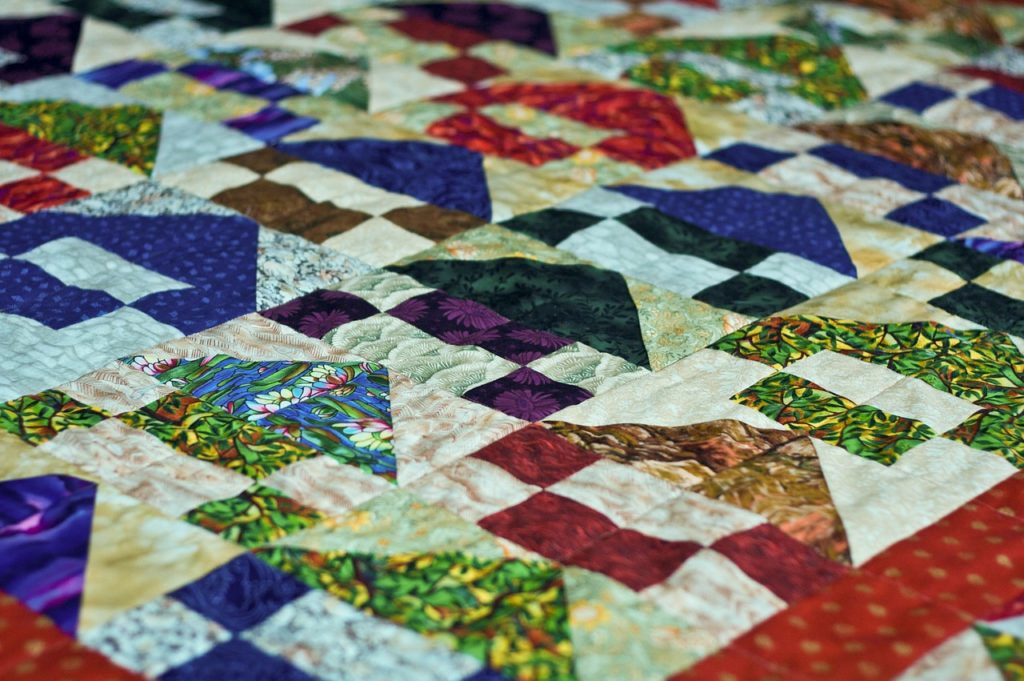 Using fabrics scraps for quilting
